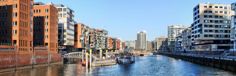 Bootsführerschein machen und Hamburg geniessen